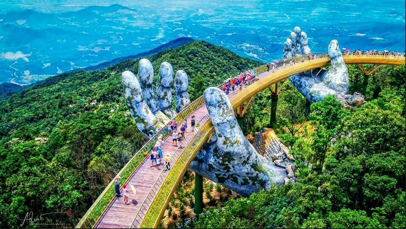 Với nhiều kỳ quan và di sản, hành trình du lịch Đà Nẵng \u2013 Hội An hứa hẹn sẽ là một chuyến đi thú vị cho gia đình bạn cho kì nghỉ dài ngày sắp tới.